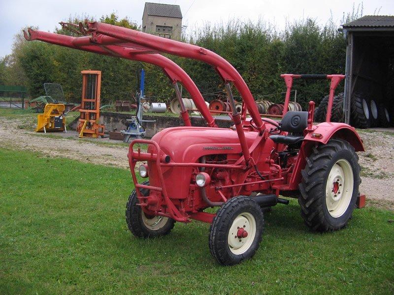 traktor renault porsche 329. Black Bedroom Furniture Sets. Home Design Ideas