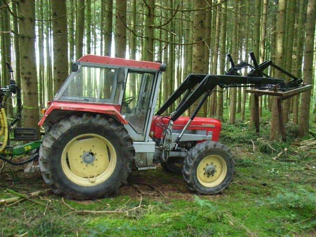 traktor schl ter 850 v kompakt. Black Bedroom Furniture Sets. Home Design Ideas