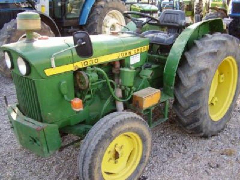 john deere 1030 tractor  50700 caspe  zaragoza