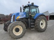 New Holland T-8040 MED FRONTLIFT Tractor