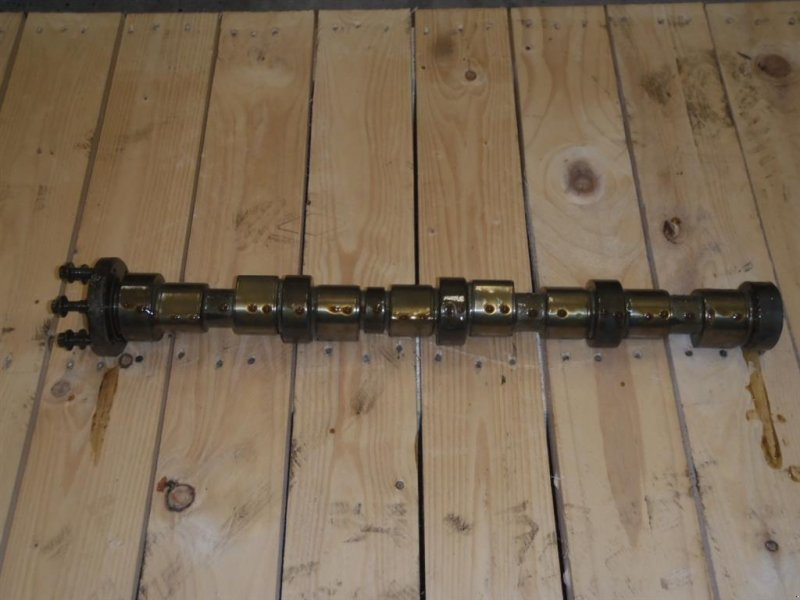 New Holland B115 Knastaksel / Camshaft Other tractor