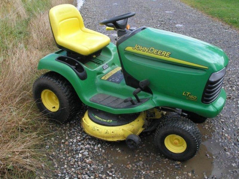 john deere lt160 automatic tracteur tondeuse. Black Bedroom Furniture Sets. Home Design Ideas