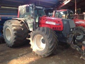 Traktor valtra 8950 hitech bild 1