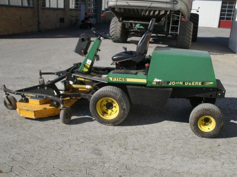 john deere f1145 4x4 tracteur tondeuse. Black Bedroom Furniture Sets. Home Design Ideas