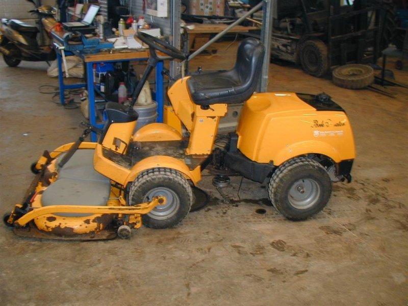 Stiga Park Senator Tracteur-tondeuse - technikboerse.com