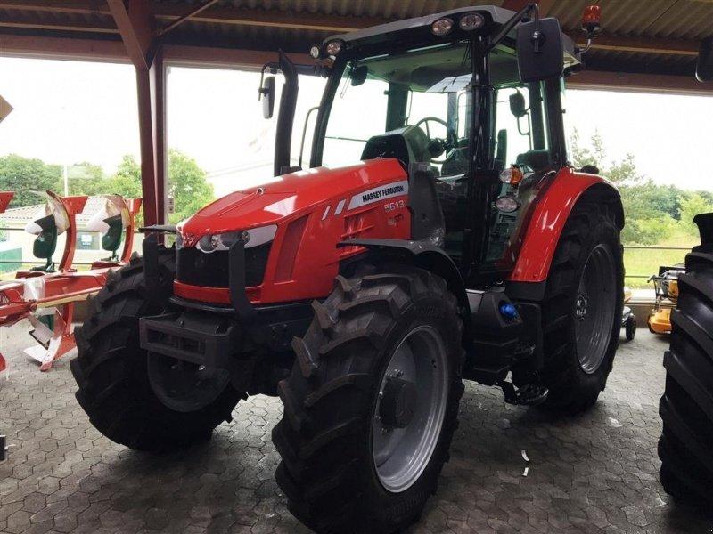 Massey Ferguson 5613 Dyna 4 Efficient Med Frontlæsser beslag Traktor - technikboerse.com