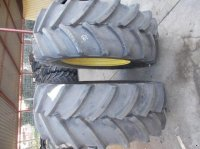 Good Year Goodyear 540/65R34 + felni Rad
