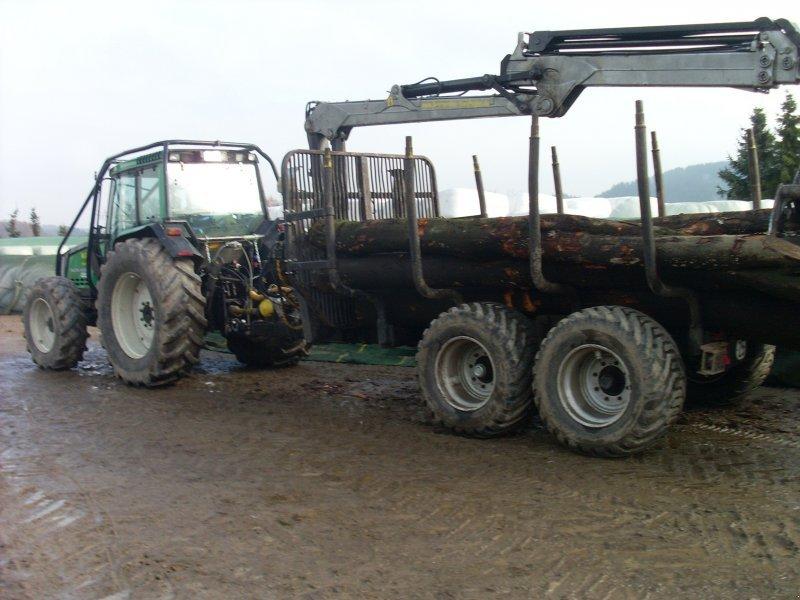 valtra tracteur forestier