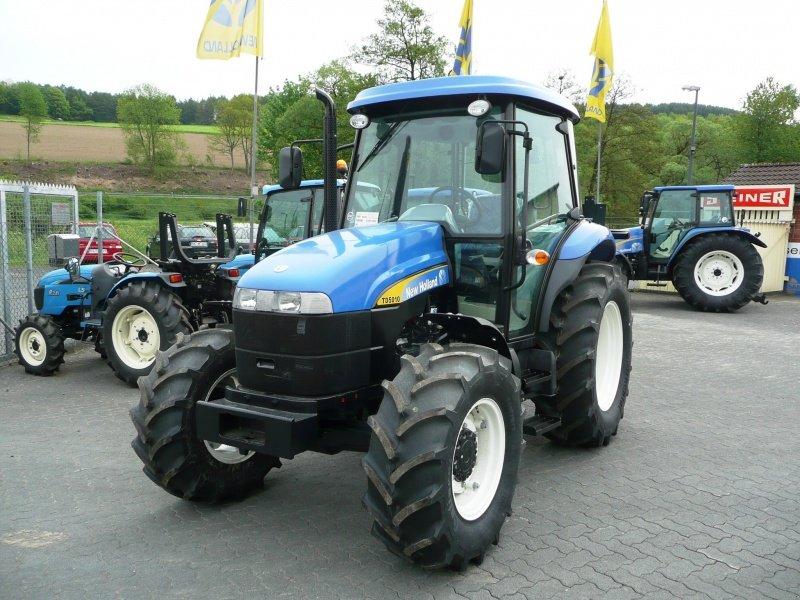 traktor new holland td 5010. Black Bedroom Furniture Sets. Home Design Ideas