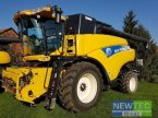 Mähdrescher des Typs New Holland CR 9080 ELEVATION in Schöppenstedt
