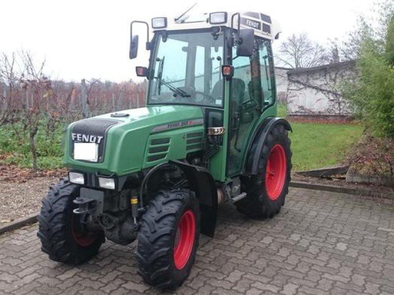 fendt 207v tracteur pour viticulture