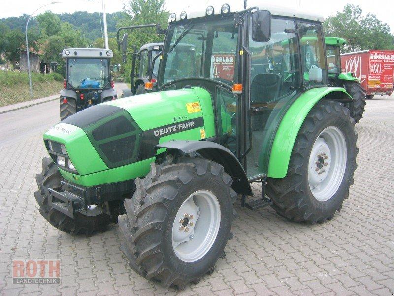 kaufberatung anschaffung traktor 50 ps landtreff. Black Bedroom Furniture Sets. Home Design Ideas
