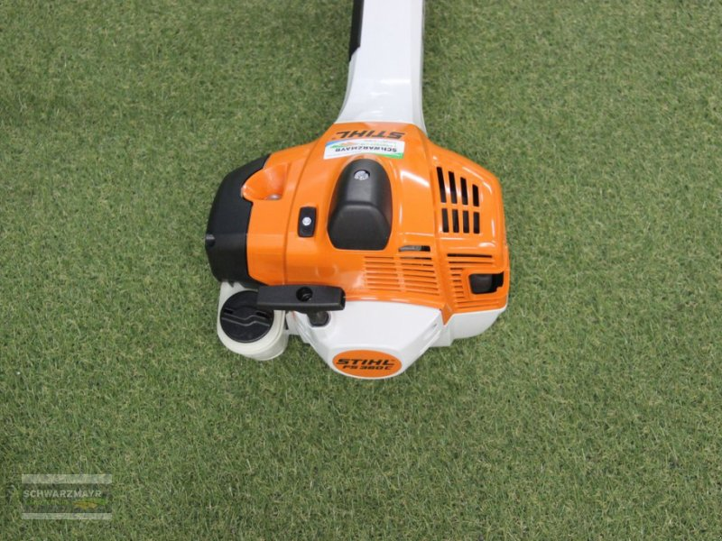 Motorsense of the type Stihl FS 360 C-EM, Neumaschine in Aurolzmünster (Picture 3)