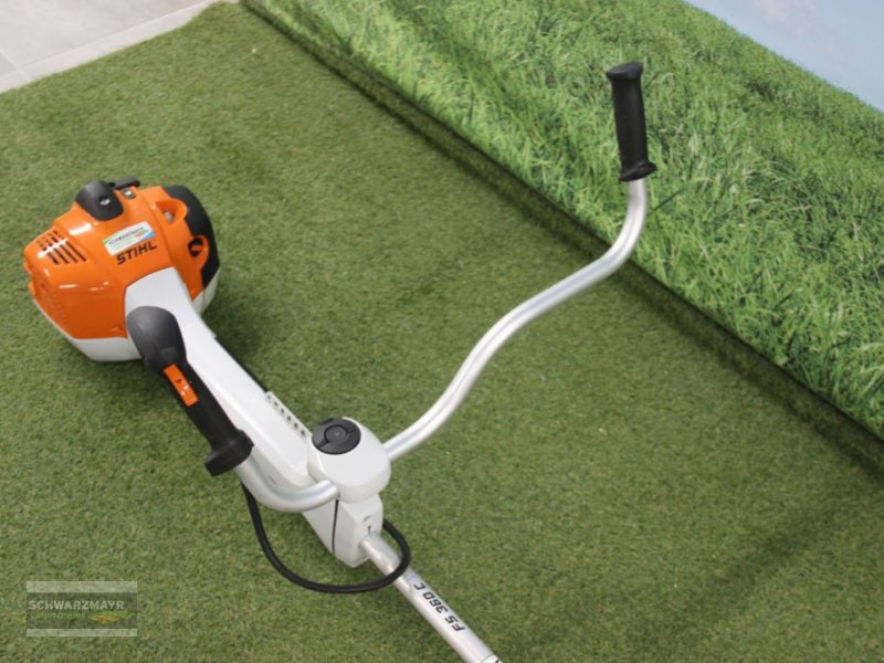 Motorsense of the type Stihl FS 360 C-EM, Neumaschine in Aurolzmünster (Picture 5)