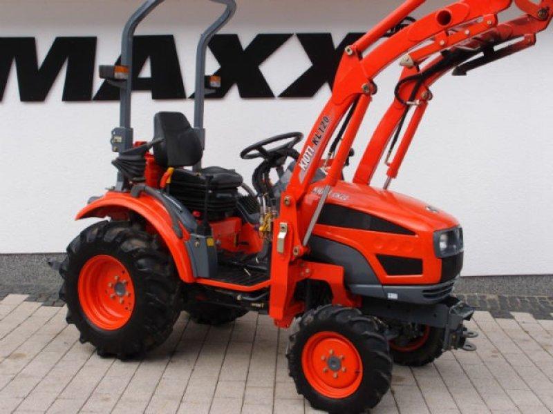 kioti ck 22 m frontlader top zustand traktor. Black Bedroom Furniture Sets. Home Design Ideas