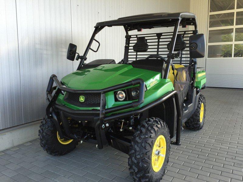 john deere gator xuv 550 top preis traktor. Black Bedroom Furniture Sets. Home Design Ideas