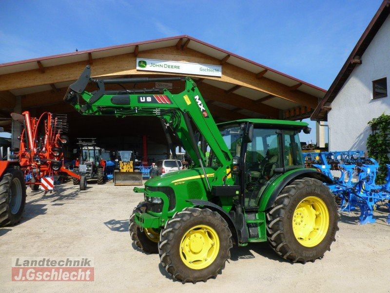 john deere 5070m mit frontlader traktor. Black Bedroom Furniture Sets. Home Design Ideas