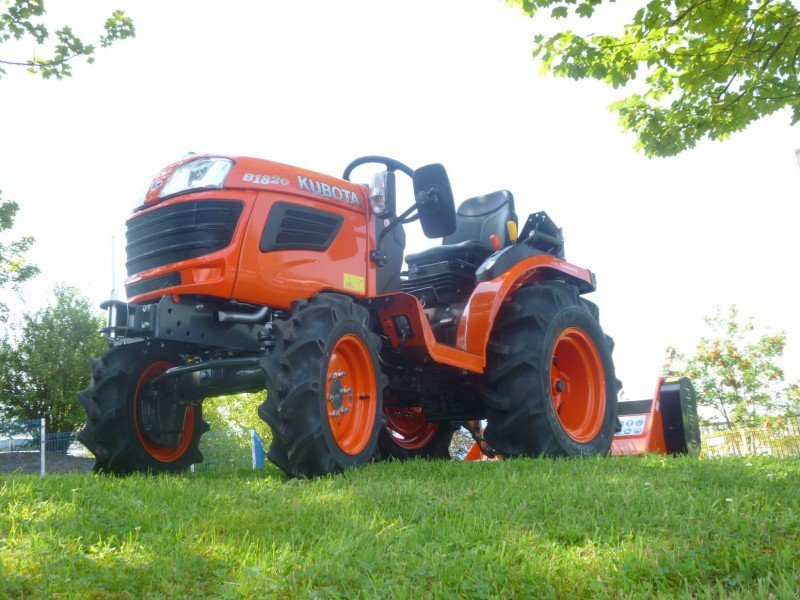 kubota 1820 incl mulcher traktor. Black Bedroom Furniture Sets. Home Design Ideas