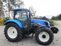 New Holland TS 135A Traktor