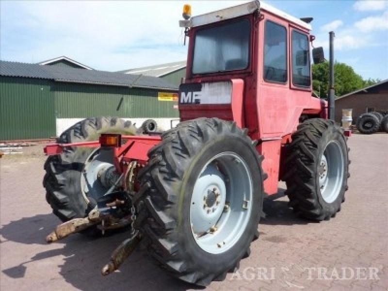 massey ferguson 1200 tracteur. Black Bedroom Furniture Sets. Home Design Ideas