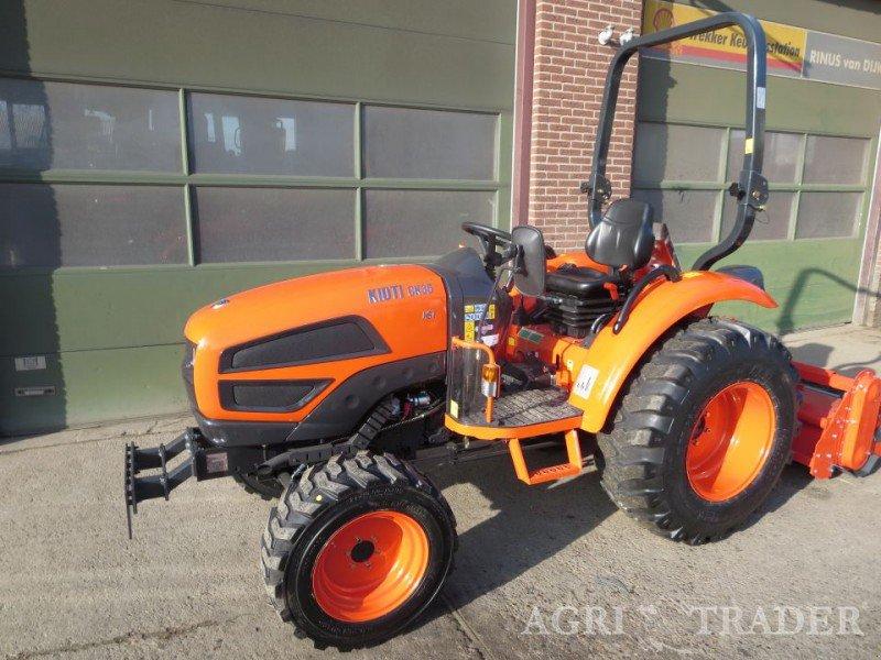 kioti ck35 traktor. Black Bedroom Furniture Sets. Home Design Ideas