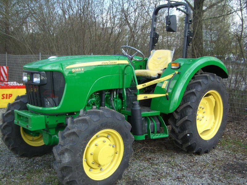 john deere 5055 e allrad tractor. Black Bedroom Furniture Sets. Home Design Ideas