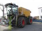 Traktor des Typs CLAAS XERION 3800 SADDLE in Aurach