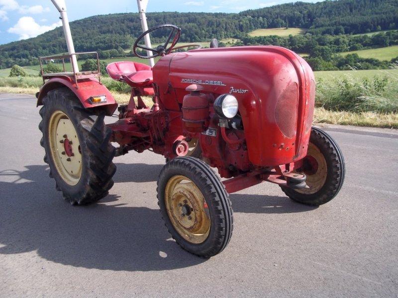 porsche 109 traktor 34593 kn llwald. Black Bedroom Furniture Sets. Home Design Ideas
