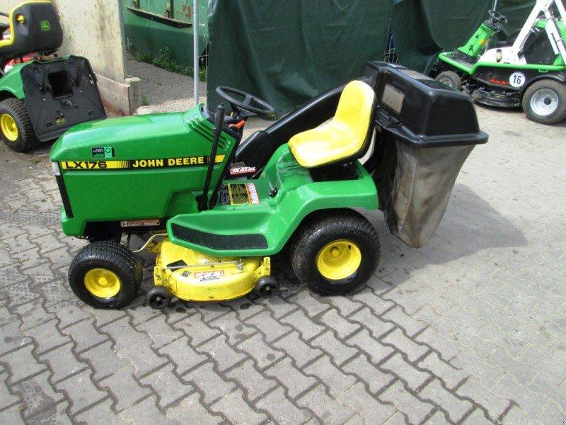 john deere lx176 tracteur tondeuse. Black Bedroom Furniture Sets. Home Design Ideas