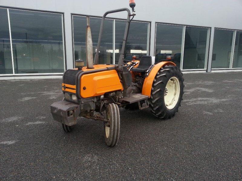 renault 55-12 tracteur pour viticulture