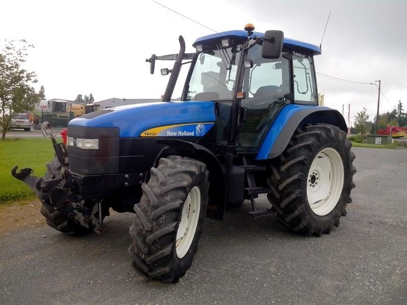 new holland tm120 tracteur  53640 le horps