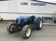 New Holland T4040 F Tracteur pour viticulture
