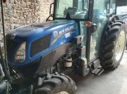 New Holland T 4.75 N Tracteur pour viticulture