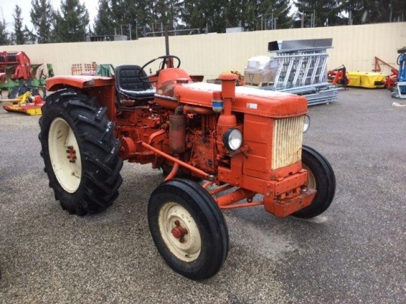 renault super 3d orange tracteur. Black Bedroom Furniture Sets. Home Design Ideas