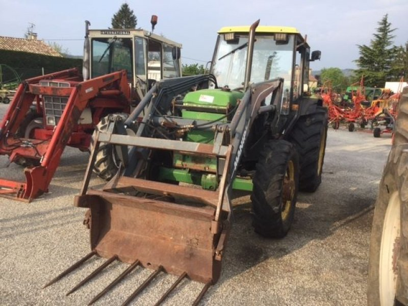 john deere 2250 tractor  07240 vernoux en vivarais