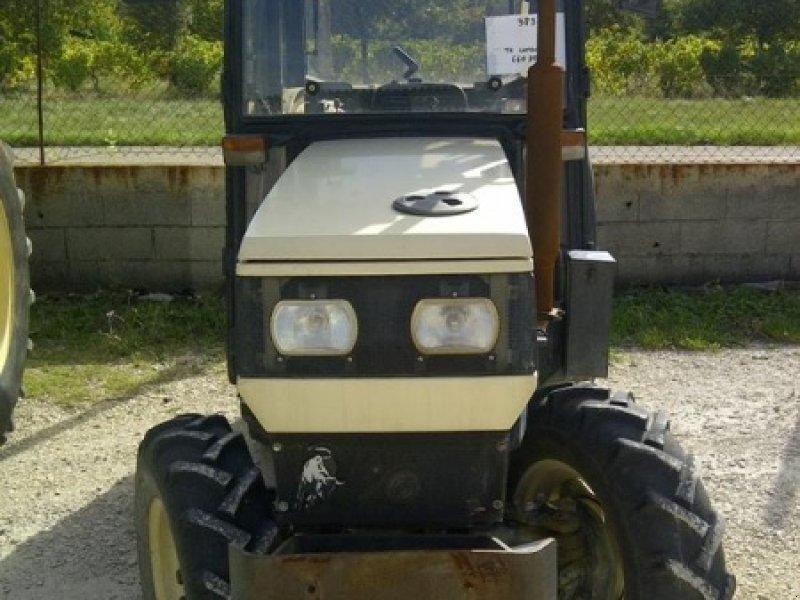 lamborghini 660 v tracteur pour viticulture