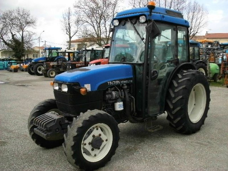 new holland tn75n tracteur pour viticulture