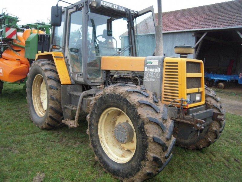 renault 145 14 traktor 37530 saint ouen les vigne