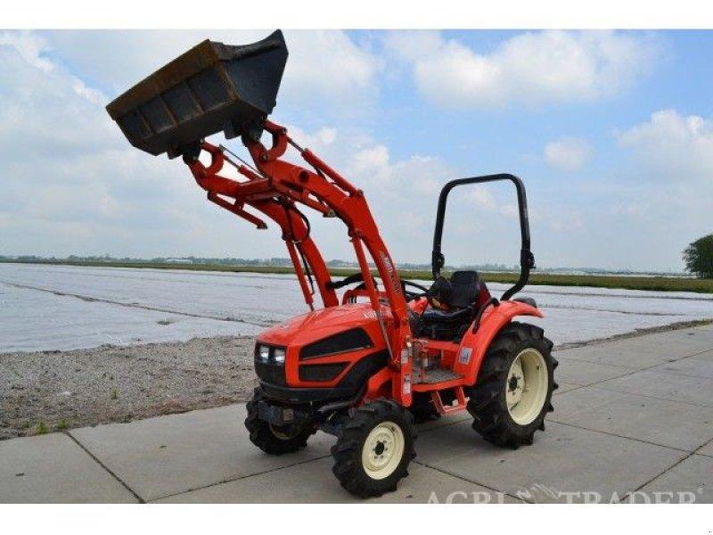 traktor kioti ck35 frontlader. Black Bedroom Furniture Sets. Home Design Ideas