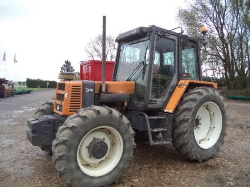 renault 103 14 dt traktor 76890 saint ouen du breuil. Black Bedroom Furniture Sets. Home Design Ideas