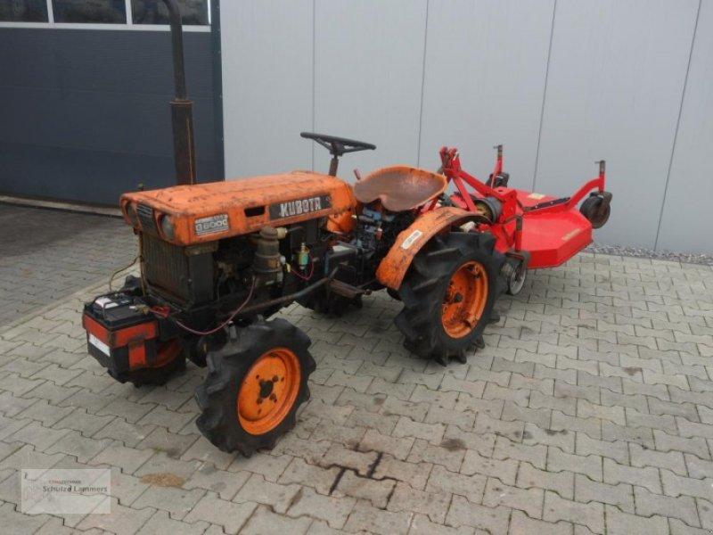 kubota b6000 allrad mit m her traktor. Black Bedroom Furniture Sets. Home Design Ideas