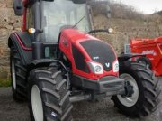 Valtra N103H5 Trattore