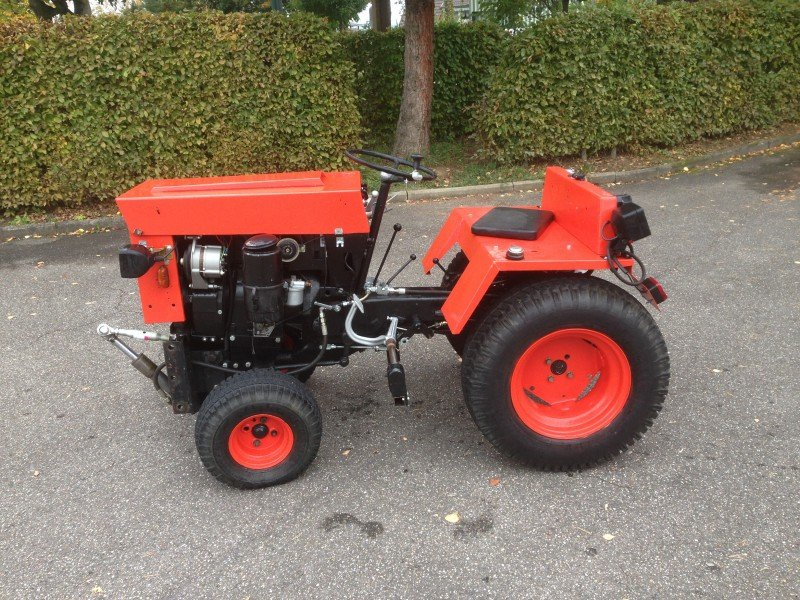hako hako trac 2000 d traktor. Black Bedroom Furniture Sets. Home Design Ideas