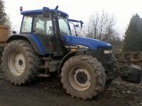 New Holland TM 155 Traktor