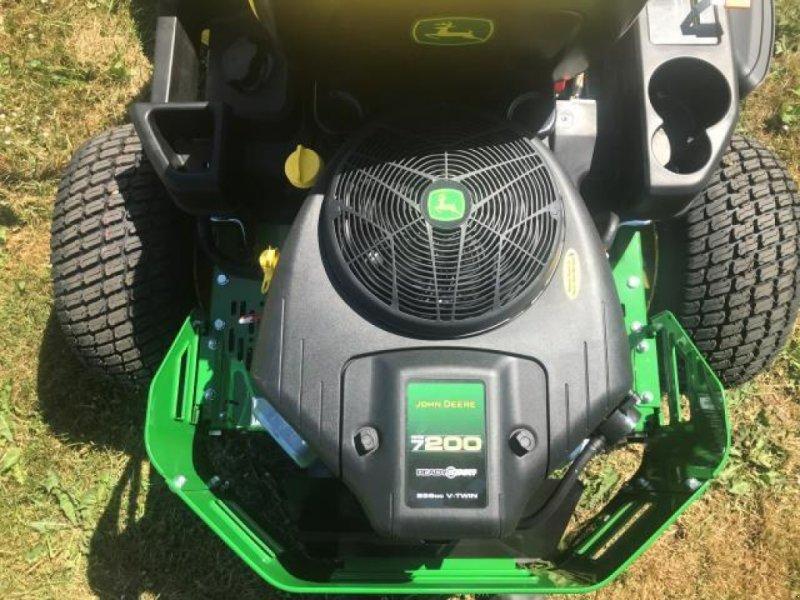 John Deere Z335E Lawn tractor, 5260 Odense