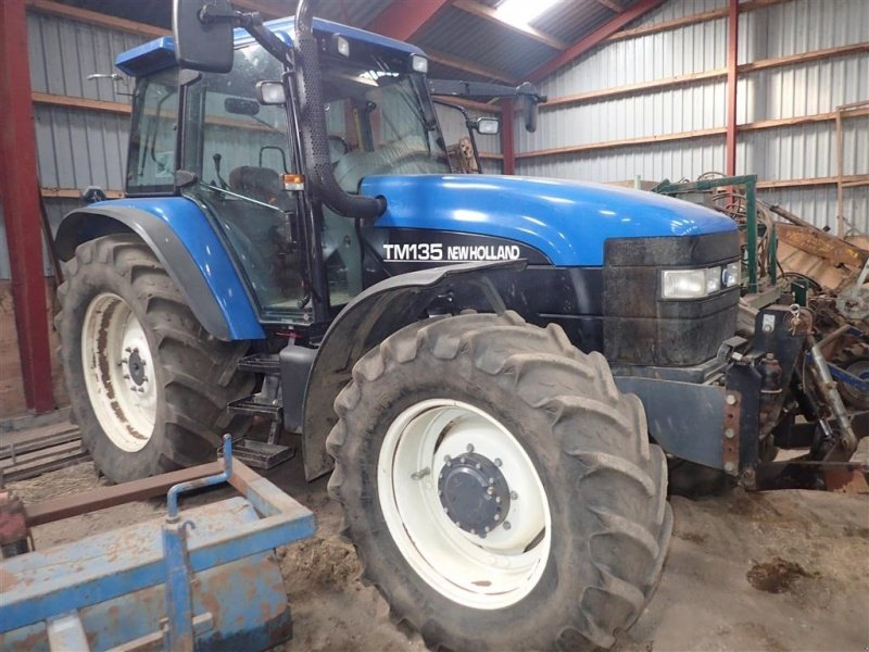 New Holland TM 135 Tractor, 6040 Egtved - technikboerse.com