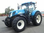 Traktor des Typs New Holland T7030 en COULONGES SUR AUTIZE