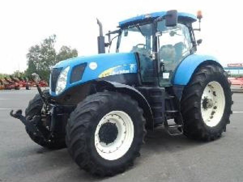 New Holland T7030 Tractor, 79160 COULONGES SUR AUTIZE