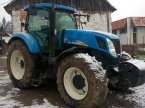 Traktor des Typs New Holland T 7030 v Nitra