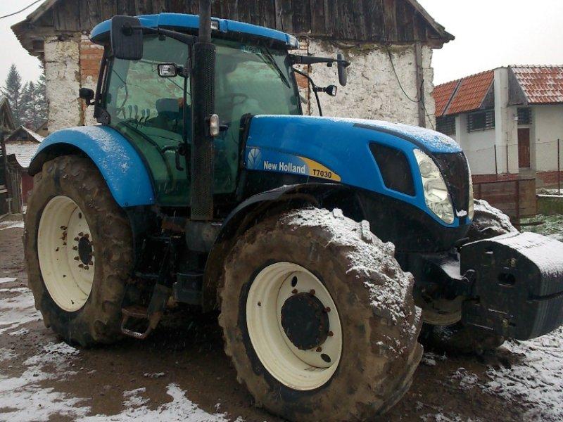 new holland t 7030 traktor 94901 nitra. Black Bedroom Furniture Sets. Home Design Ideas